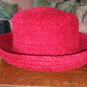 NWOT Betmar New Yort Red Chenille Hat